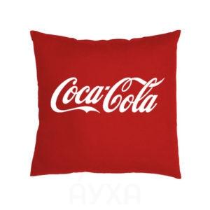 Изображение/фото/картинка из интернета на однотонной подушке. Нанести на подушку свои надписи.