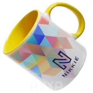 Заказать/купить кружку яркой/разноцветной расцветки/разных цветов с возможностью нанесения/печати/изображения своей картинки/принта
